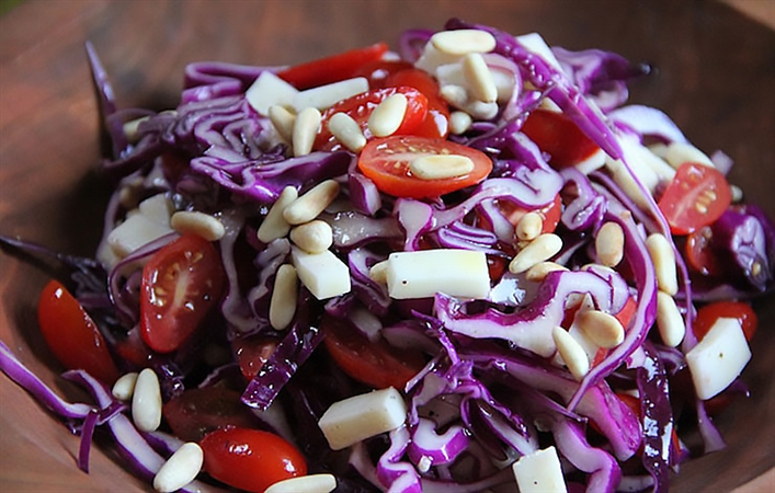 Cabbage Tomato Salad