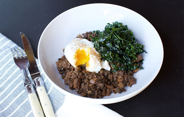 Red Wine Glazed Lentils with Kale and Poached Egg